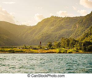 lakeside, ville, guatemala