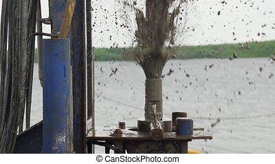 lamacento, água, jatos, de, perfurar, cano, movimento lento