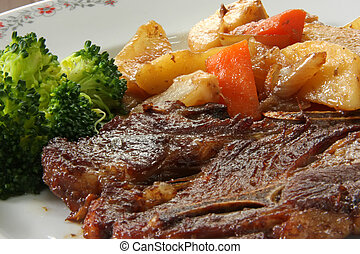 Lamb chop - Grilled lamb chop with brocolli and vegetables