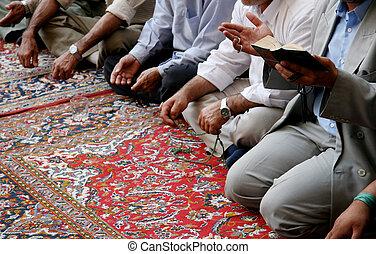 Lamenting muslims