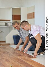 laminaat, installering vloerend