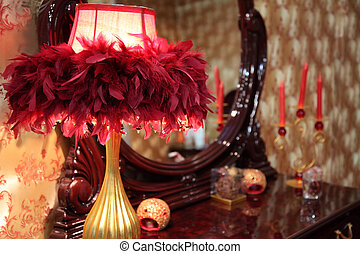 lampa, in, fjäderrar, på, toalett, bord