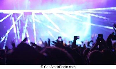 lampe électrique, mains, gens, onduler, téléphones
