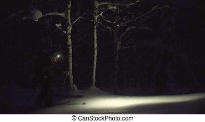 lampe électrique, neigeux, ski, forêt, nuit, homme