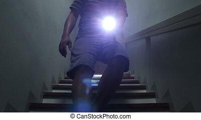 lampe électrique, outage, puissance, après, hommes, utilisation