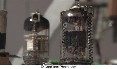lampe, électronique