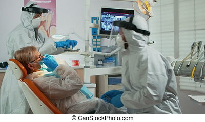 lampe, complet, jusqu'à ce que, éclairage, protecteur, examen, orthodontiste
