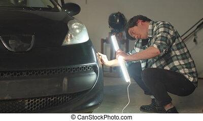 lampe, téléphone, mécanicien, voiture, conversation, inspecte