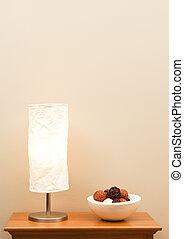 lampe, und, schüssel, auf, tisch