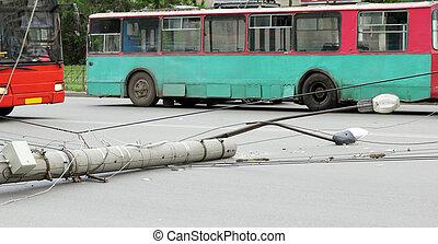 lamppost, cayó, camino