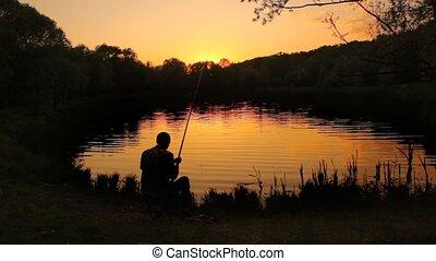 lançando, costas, pescador, lagoa, stringing, linha, isca, ...