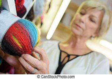 lana, mujer, pelota