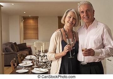 lancement, fête, couple, dîner