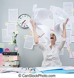 lancement, femme affaires, fâché, paperasserie, air
