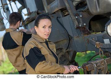 landbrugs-, mekanik, checking, traktorer, tilstand, foran,...