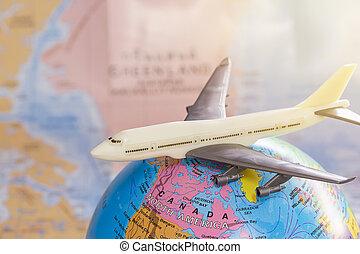 landkarte, spielzeug, auf, verwischt, hintergrund., schließen, welt, weißes, mimikry, motorflugzeug