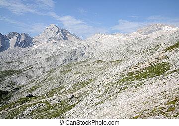 Landscape in the Wetterstein Mountains, German Alps