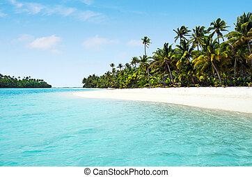 Landscape view of One foot Island in Aitutaki Lagoon Cook Islands.