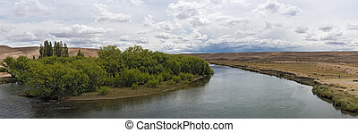 Landscape on the Senguer River in the province of Chubut, Patagonia, Argentina