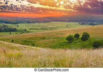 landscape sunset sky green grass summer nature meadow hill panorama field horizon