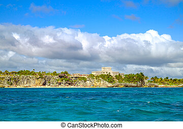 Landscape view of Mayan ruins at the coast of Tulum