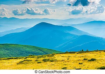 landschaftsbild, blaue berge