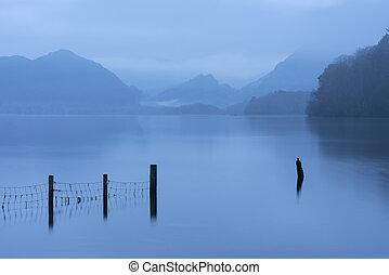 landschaftsbild, morgen, kalte , see, betäuben, derwentwater, bild, dunstig, bezirk, winter