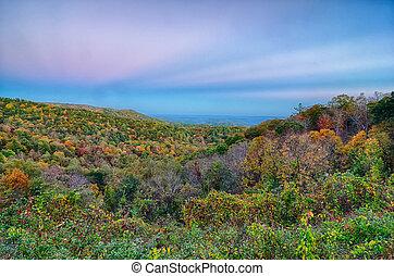 landschap, blauwe kam snelweg, appalachians, rokerige bergen, herfst landschap