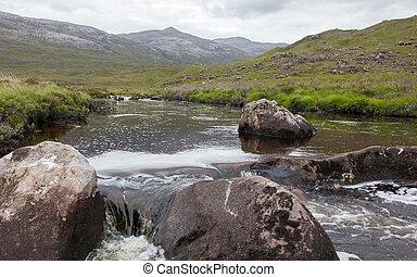 landskap, med, vattenfall, i fjällen