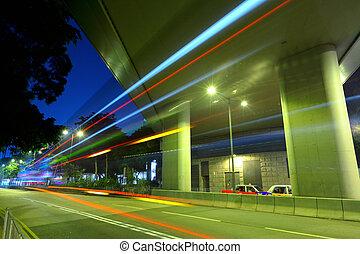 landstraße, nacht, in, modern, stadt