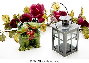 Lantern with frog pair