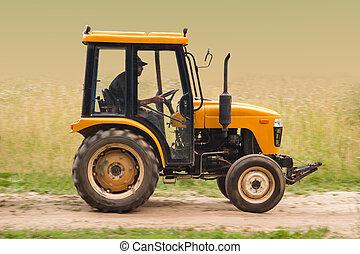 lantgård traktor