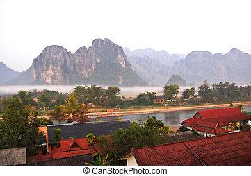 laos., βλέπω , vieng, vang, ανατολή