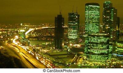 lapse., felhőkarcoló, idő, highway., city:, éjszaka,...