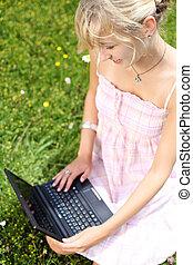 laptop , γυναίκα , αυτήν , εργαζόμενος , φύση