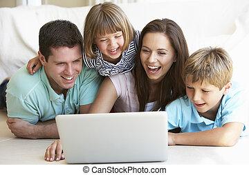 laptop computer, gyerekek, fiatal, szülők