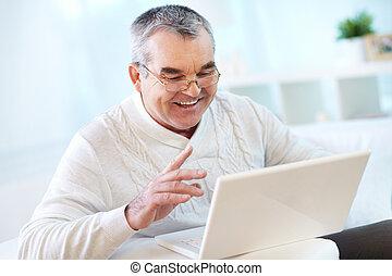 laptop, dolgozó