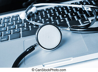 laptop, estetoscópio, teclado