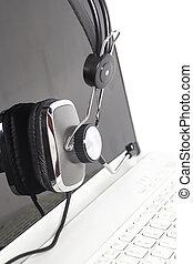 laptop, hörlurar med mikrofon, kommunikation, dator, keyboard., begrepp