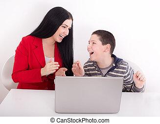 laptop, irmã, irmão