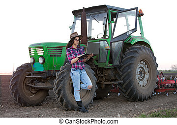 laptop, kobieta, traktor