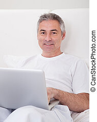 laptop, maduras, homem