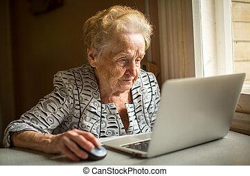laptop, mulher, Idoso, trabalhando