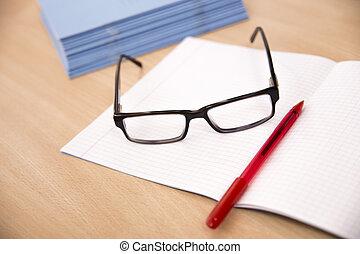 laptop, okulary, pióro, handlowy, skład