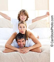 lar, animado, mentindo, cama, família