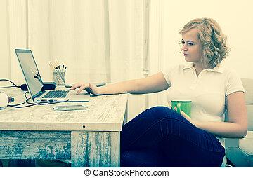 lar, mulher, escritório