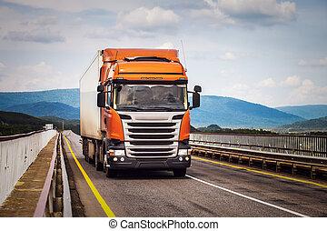 laranja, caminhão, estrada