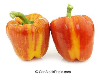 "laranja, sino, dois, pimentas amarelas, ""enjoya"", (capsicum), fresco"