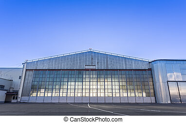 Large aircraft hangar for planes