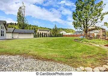 Large backyard with gazebo